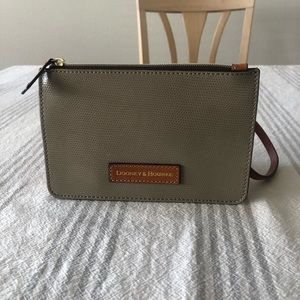 Dooney and Bourke small bag NWOT